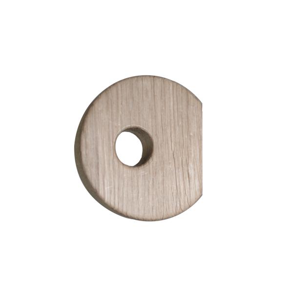 Nordic Function Hook to hanger egeknage til din garderobe hook in untreated oak for your wardrobe
