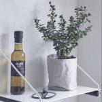 Nordic Function Add More hyldeholder til køkkenet shelf holder for the kitchen in oak and metal