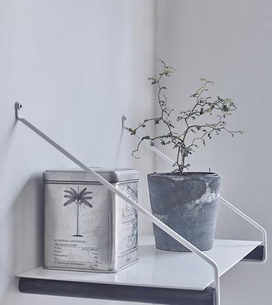 Nordic Function Addmore hyldeknægt eg hvid metal smuk hylde shelf white metal and oak
